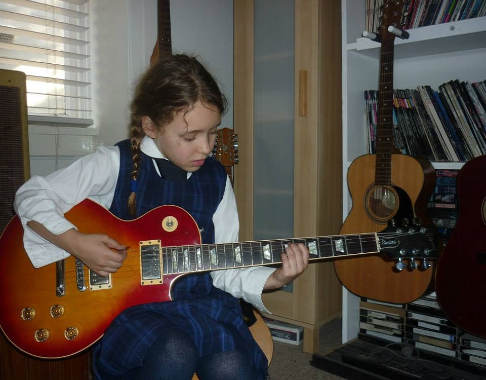 Guitar Lessons - Thorne Guitar Tuition